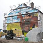 Uroczyste odsłonięcie pierwszego muralu w Witnicy