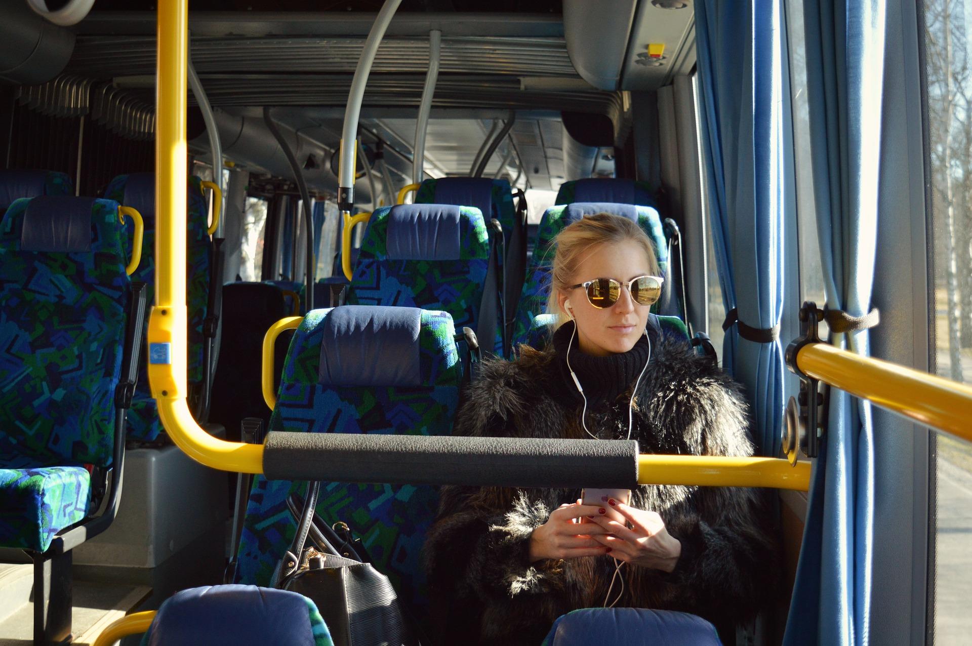 podróż-autobusem