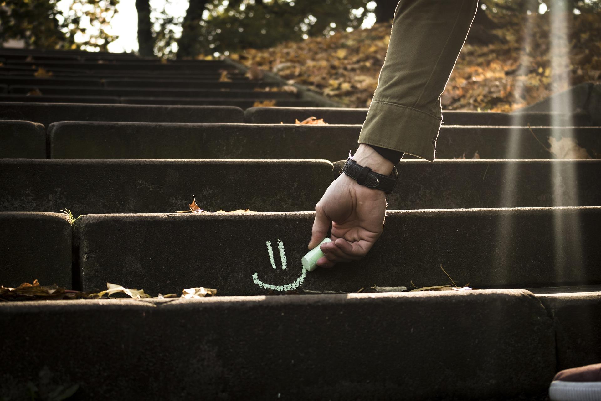 schody z cytatami